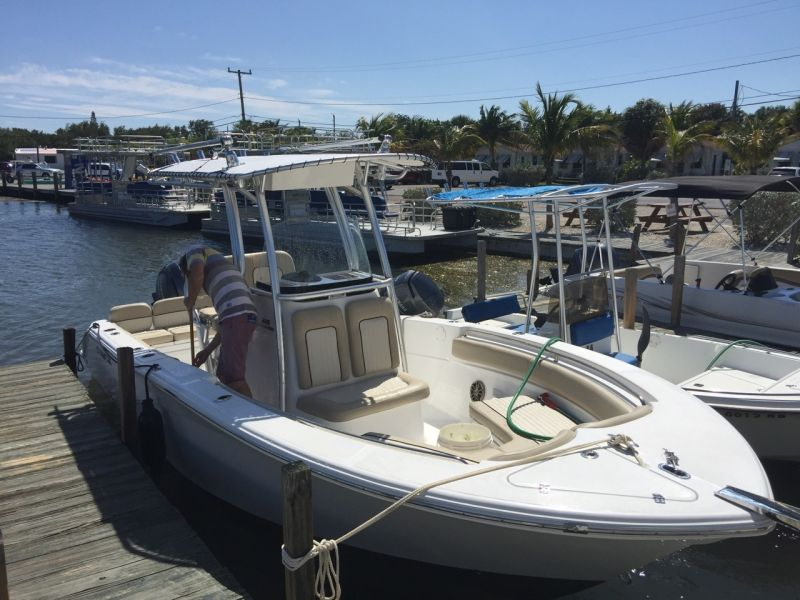 22ft Sea Fox Commander #1 VBR Rental Boat