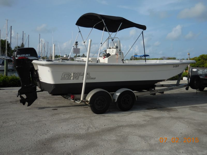 21ft Carolina Skiff Rental Boat