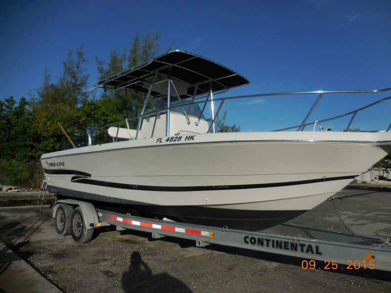 25ft ProLine Center Console Rental Boat