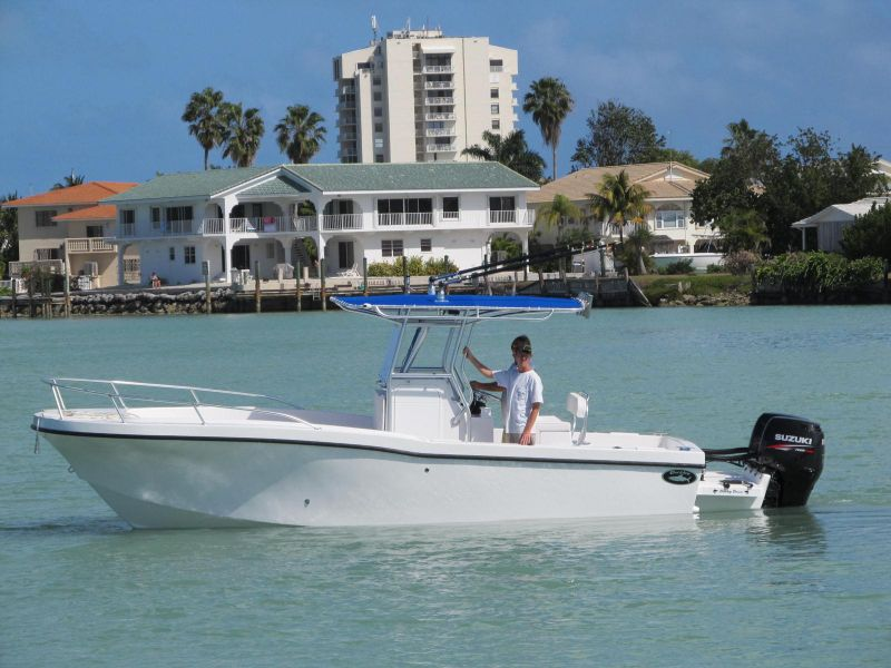 25ft Dusky #3 Rental Boat