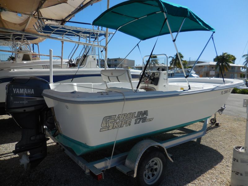 18ft Carolina Skiff Rental Boat