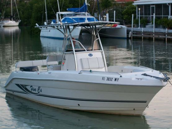 24ft Cobia Center Console Rental Boat