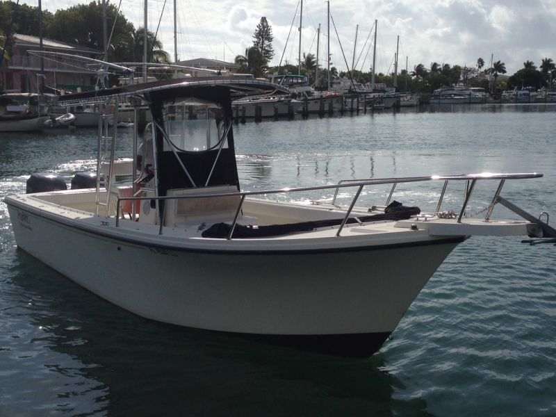 28ft Parker Center Console Blue Water Edition Rental Boat